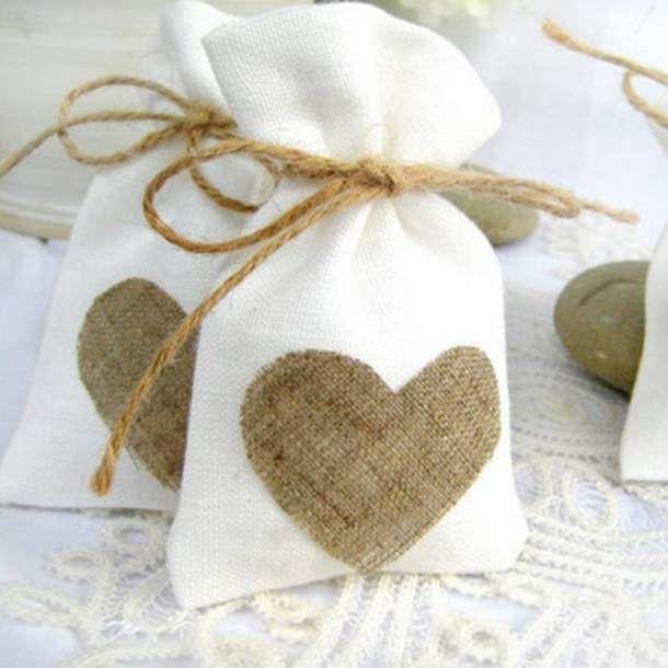 Heart Patch Linen Favour Bag - FavourGram