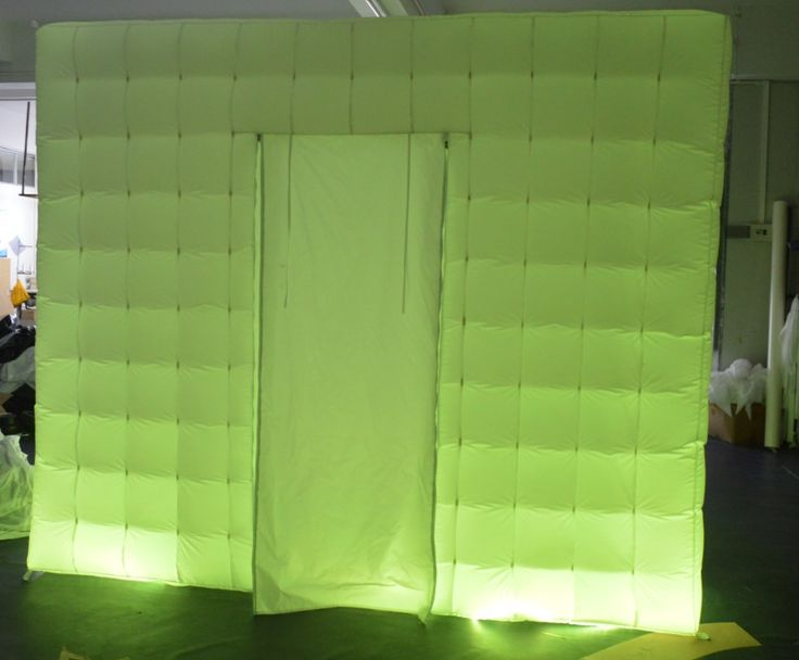 Led booth-green lights