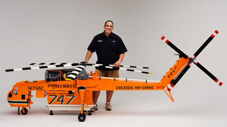 This Insane Lego Helicopter Is Made With 100,000 Pieces - This 13-foot-long (4 meters), 3.2-foot-tall (1 meter) Lego model of an Erickson Air-Crane helicopter is truly outstanding.