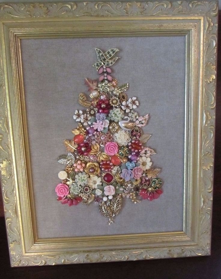 VINTAGE JEWELRY ART FRAMED CHRISTMAS TREE - Dove Swan Butterfly Cameo Flowers