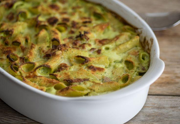 Pasta+al+forno+crema+di+zucchine,+speck+e+provola+affumicata