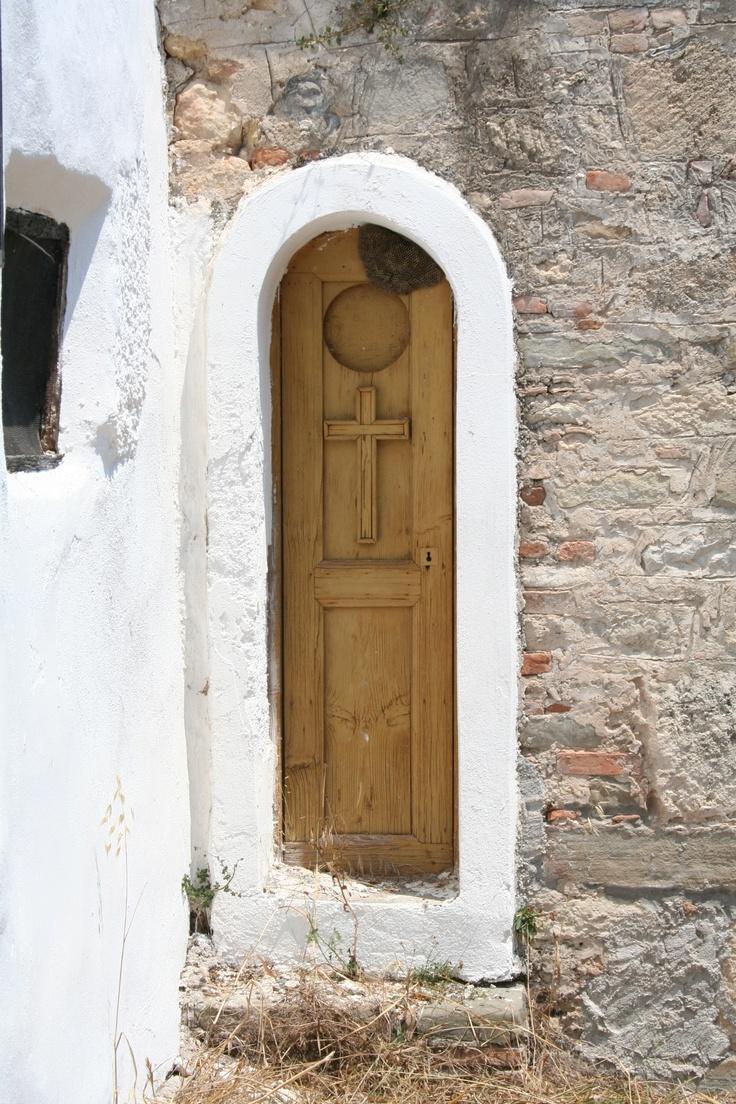 Slim door - Koroni Greece