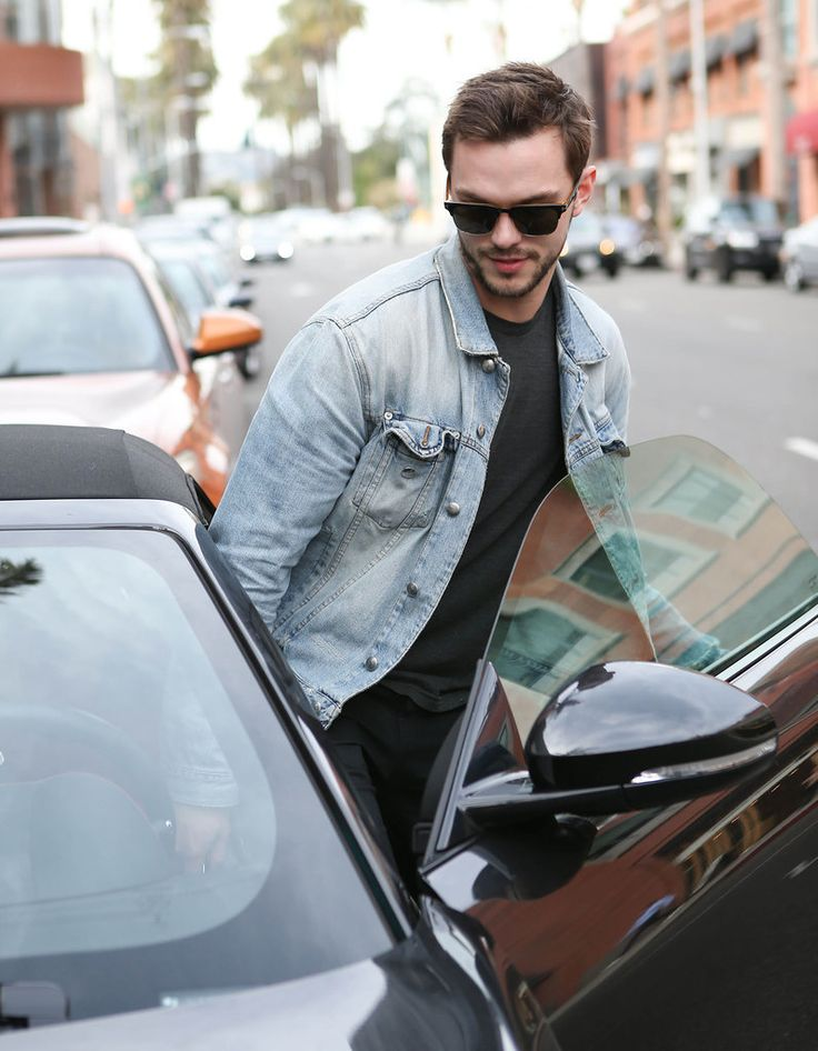 Nicholas Hoult Out in LA January 2016 | POPSUGAR Celebrity
