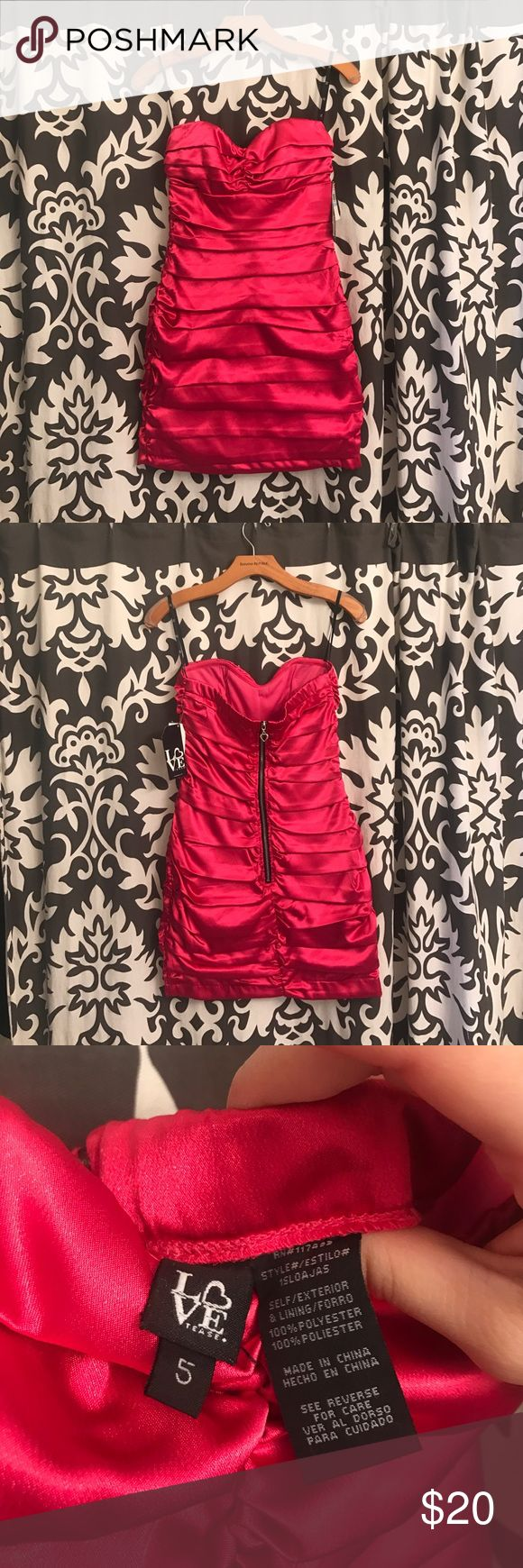 Pink layered dress Hot pink strapless dress | perfect for a bachelorette party or night out | size 5 | nwt | zipped back Love Dresses Mini