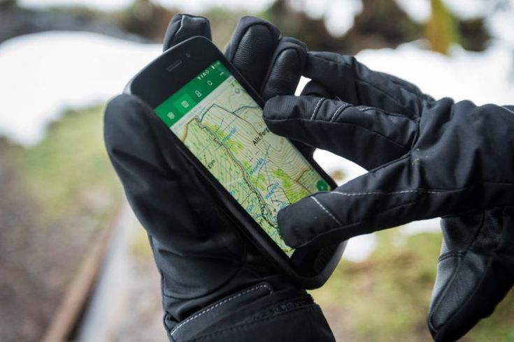 Land Rover launches ultra-tough smartphone for outdoor enthusiasts  Dezeen  Land Rover has launched a rugged smartphonedesigned for outdoor use that is able tosurvive underwater and withstand extreme temperatures.  Inspired by the Land Rover Discovery an off-road 44 SUV vehicle the ultra-tough Explore phone was developed by the car brand in collaboration with Reading-based phone maker Bullitt Group.  The brand suggests the phone is designed for those with an adventurous spirit who would need…