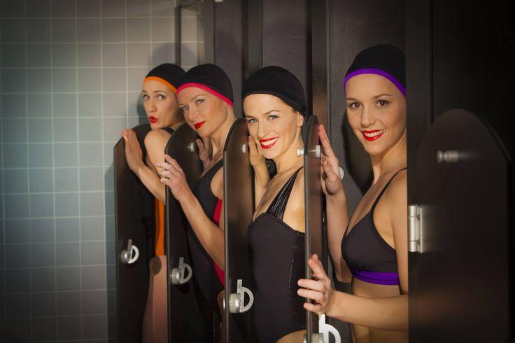 A L'Atelier Mood - CARDO Paris (Photo par Pierre-Anthony Allard)  Maillots de bain, bonnets de bain, serviettes et accessoires élégants pour nageurs et nageuses.