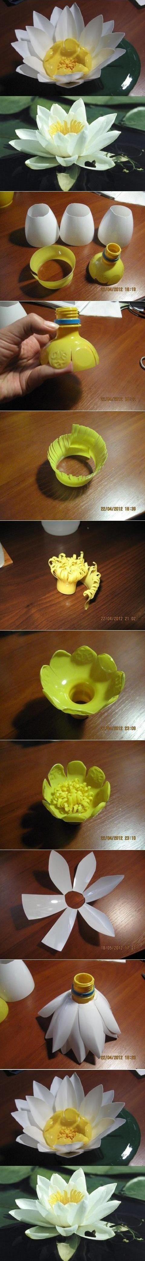Reciclando botellas de plastico , puedes hacer una bella flor de lotto