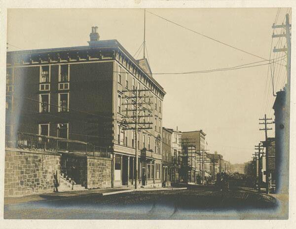 Crosbie Hotel, Duckworth Street, between 1875 and 1917.