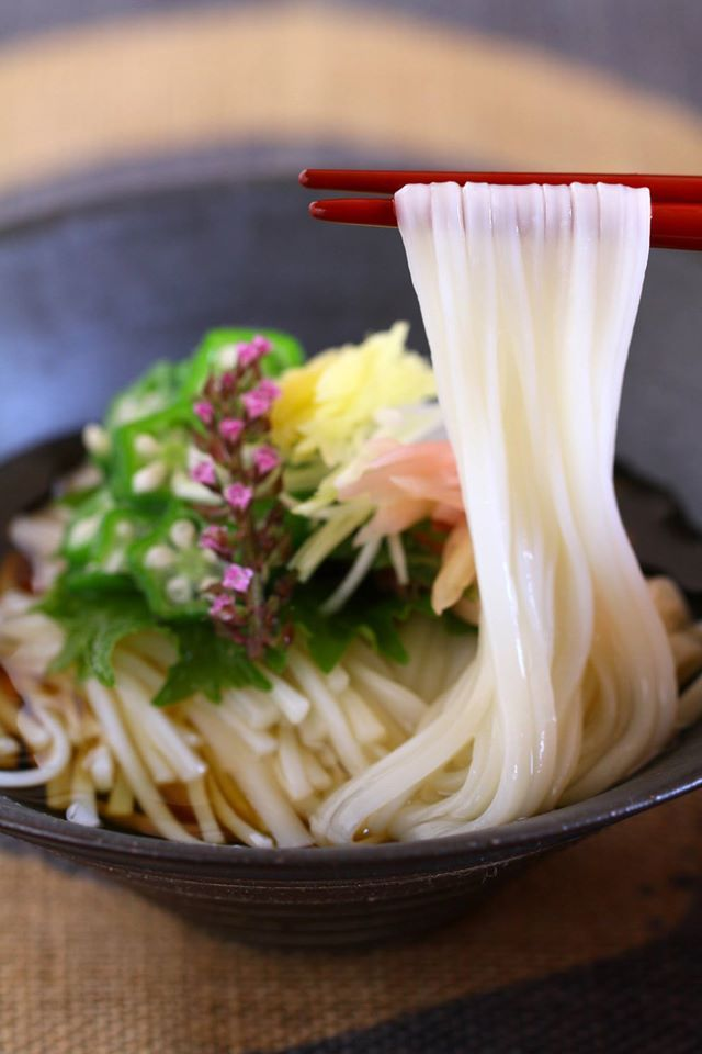Japanese noodles: photo by Atsuko Aso