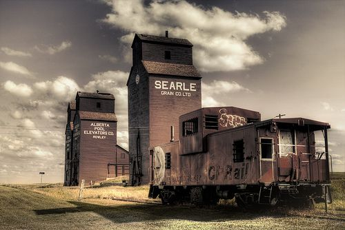 CP Rail doesn't come here anymore. Rowley, Alberta, Canada. July 11, 2009 • Taken by Lorien
