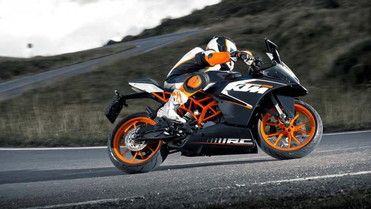 KTM RC200 First Look