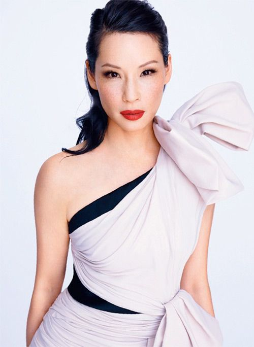 Lucy Liu in the lasted issue of The Edit magazine photographed by Mariano Vivanco and styled by Tracy Taylor. That's some fierce face she's giving.