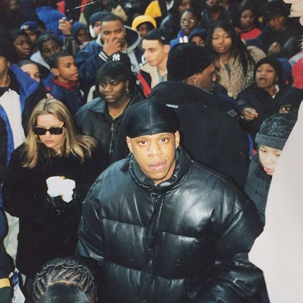 Jay Z handing out toys to local children for Christmas in