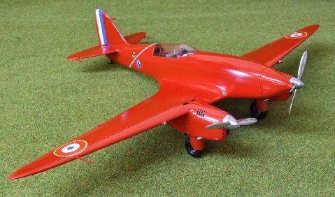 de Havilland DH 88 Comet. Marsh Model/Aerotech, 1/32, resin, rebox 2016 (ex Marsh Models/Aerotech 1997 No.AT32004, updated / new parts), No.A732022. Price: Not Sold. Decals 3x 1) French Government, F-ANPZ 2) French Government, F-ANPY 3) French Air Force, H-609.