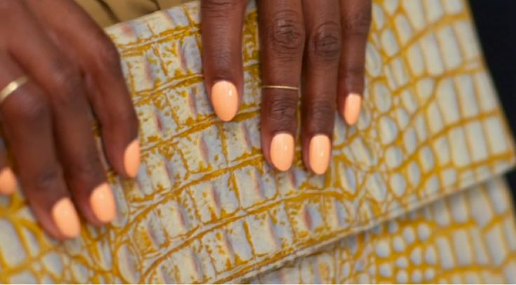 Creamy nail looks have appeared all over the red carpet, and there are plenty of ways to work the eye-popping trend into your warm-weather wardrobe.