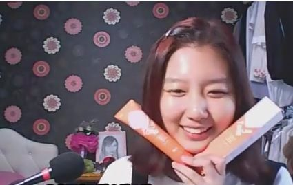 TONE LINE CHANGE PACK can really back may smooth of my face and protect my face int dirt and what kind of skin problem, so i used it! now look my happy face Thank you to Tone Line Change Pack and W.Lab to make my skin smooth texture right after usage and moisturizing. When I finished use it, i feel more confidence to my face, and i'm feeling much pretty now…