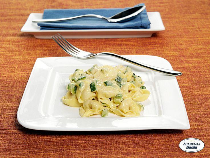Tortelloni Barilla con Speck e Fontina con zucchine e maggiorana alla carbonara