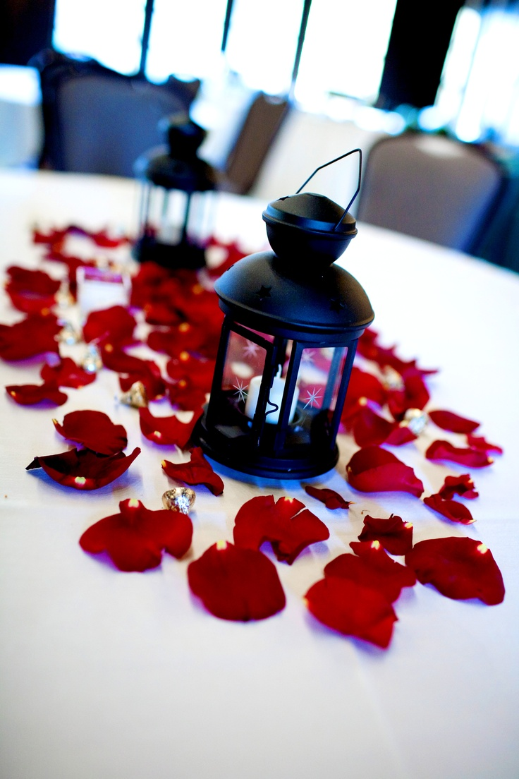 41 best Lantern centerpiece ideas images on Pinterest | Wedding ...