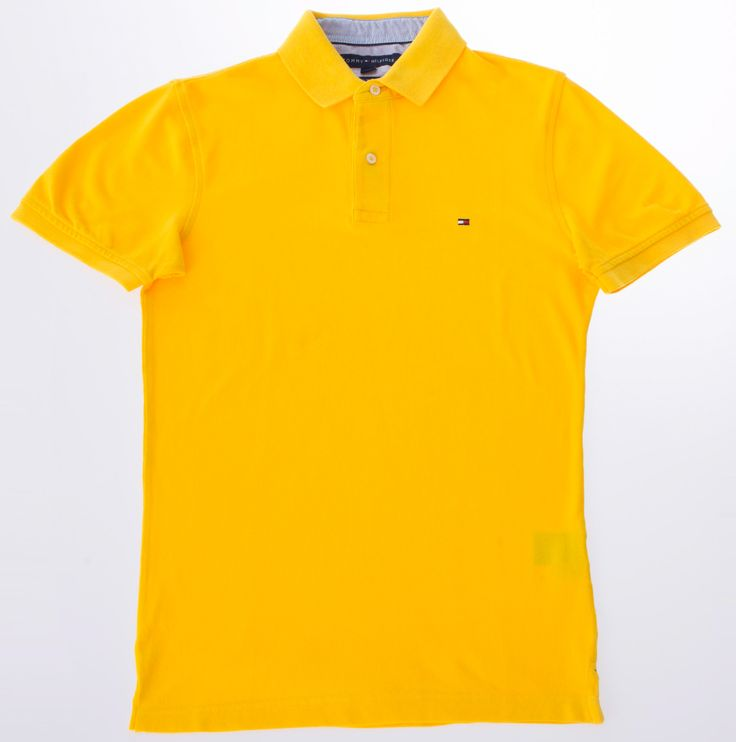 Polo jaune, TOMMY HILFIGER, 49,99$ * Yellow polo shirt, TOMMY HILFIGER, $49.99