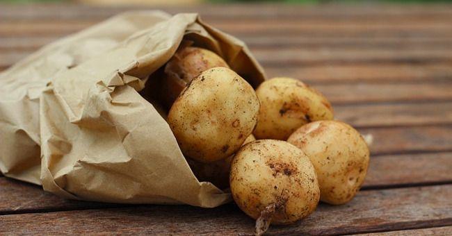 Patate lesse al microonde: calorie contenute e nutrienti