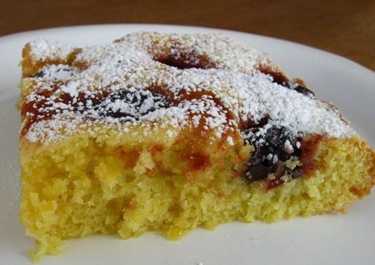 A Quick and Easy Recipe for German Cherry Cake