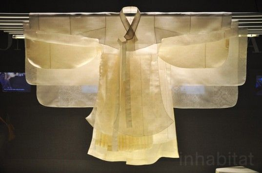 Suh Young-hee | raw silk hanbok, traditional costume. Salone del Mobile 2013 - Milan Design Week 2013