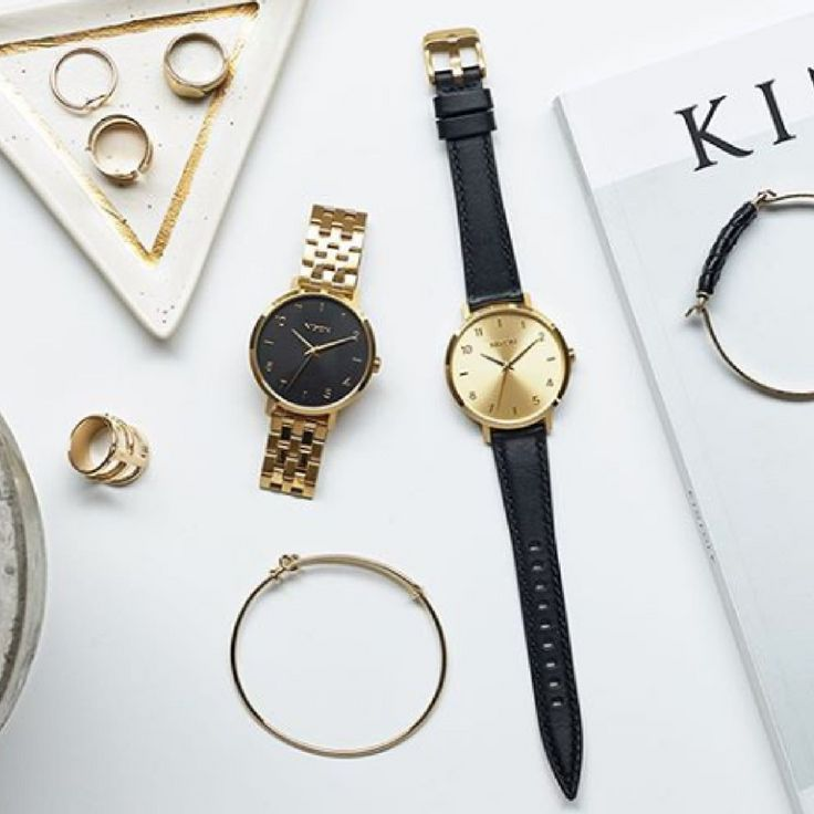 Why have one when you can have two? Choose the gold watch for a smart look and the leather watch for a casual look. See more of our Nixon watch collection by clicking link in bio.   Repost: @nixon