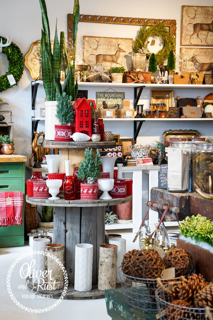 1000 ideas about christmas store displays on pinterest for Salon xmas decorations