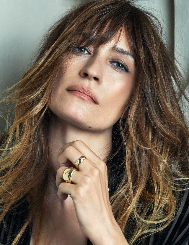 25 best ideas about caroline de maigret on pinterest good outfits french beauty and parisian. Black Bedroom Furniture Sets. Home Design Ideas