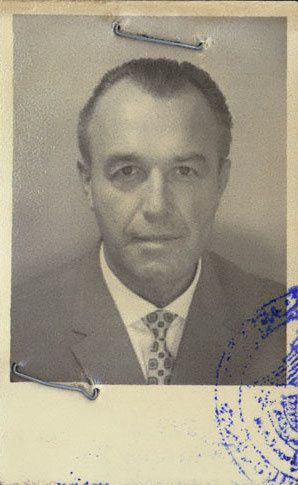 THE SS DOCTOR WHO CONVERTED TO ISLAM AND ESCAPED THE NAZI HUNTERS
