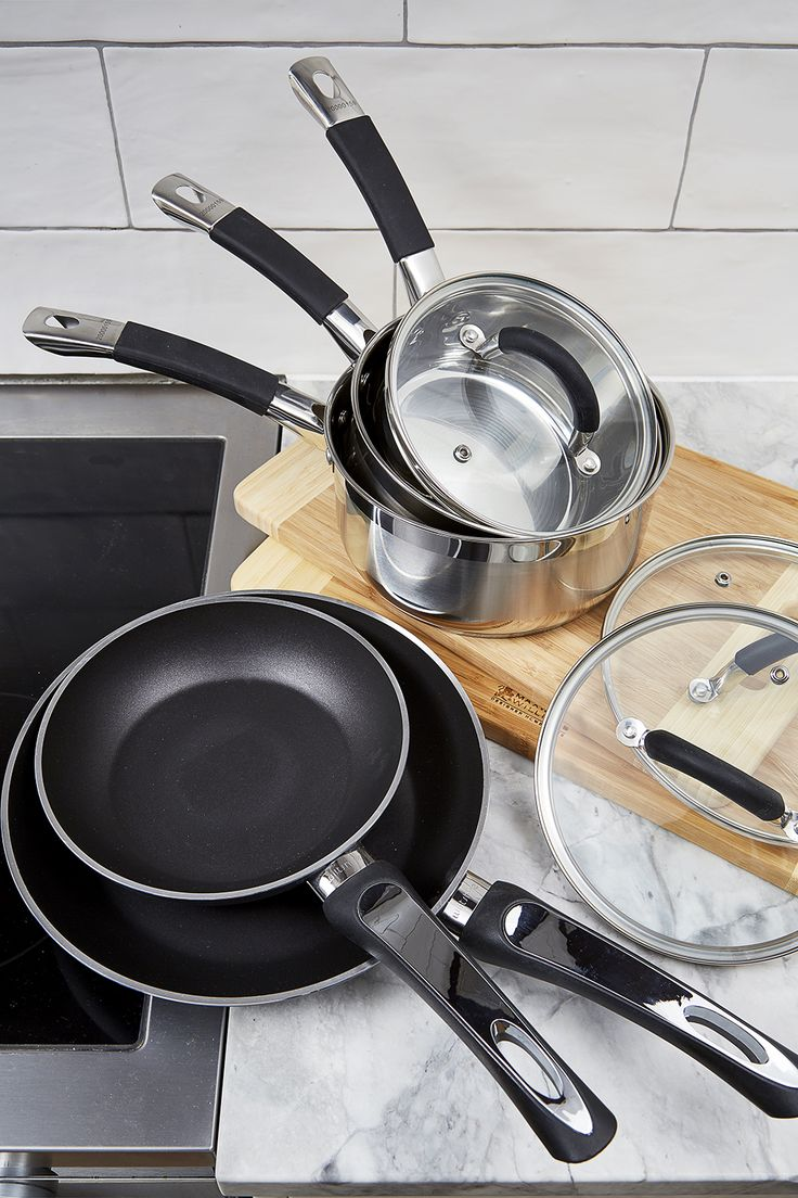 The Wiltshire 5pce Set is constructed from high quality stainless steel, ensuring excellent heat transmission and even cooking every time #flybuysnz