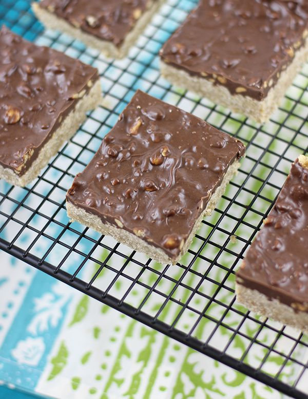 "These homemade ""Oh Henry"" bars can be whipped up quick for delicious treat with peanut butter and mmm chocolate!"