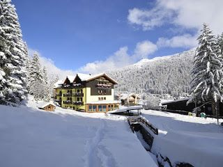 Biuro Turystyczne ALLORA: Gdzie pojechać na narty? Czyżby Dolomity i Val di ...