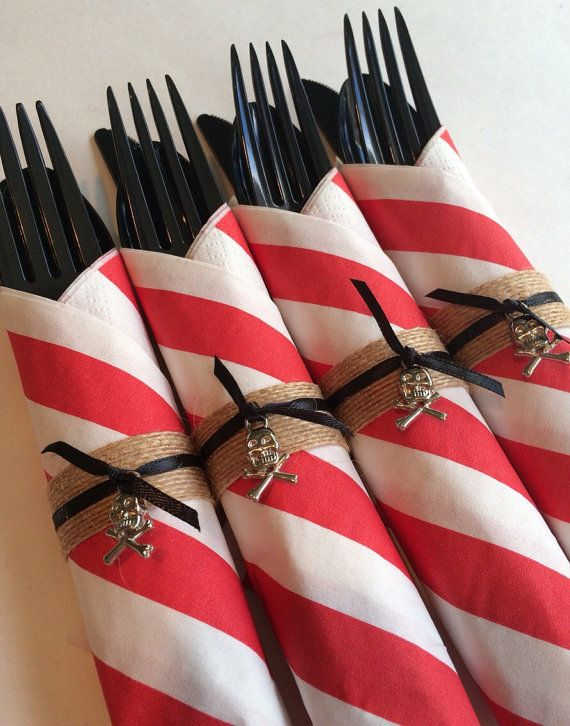 Hey, I found this really awesome Etsy listing at https://www.etsy.com/listing/220433479/pirate-party-flatware-red-or-blue-pirate
