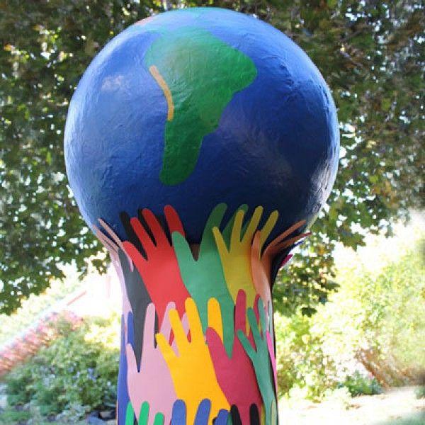 491 best l 39 art en cours images on pinterest parents - Globe terrestre en carton ...