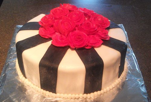 "I made this ""Red Rose"" Cake for a friend's bday."