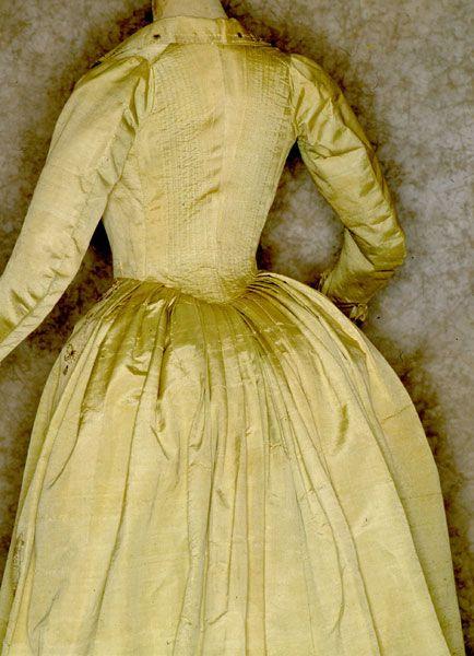 1790 - Authentic Collection - Tirelli Costumi: Fashion, 1770 1795 Georgian, 1700S Costume, Marie Antoinette 1770S 1790S, 1715 1795 Rokoko, 1775