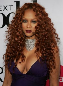 Tyra Banks - Redhead, Redhead, Celebrities, Celebrities, Kinky hair, Kinky hair, Long hair styles, Long hair styles, Weave hairstyles, Hair extensions hairstyle picture