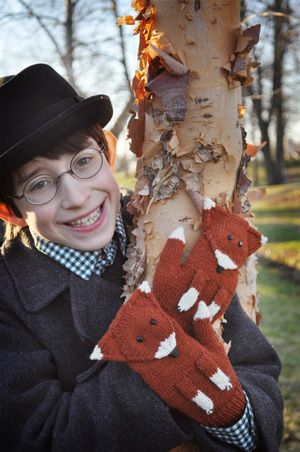 DIY Fantastic Mittster Fox Mittens knitting pattern