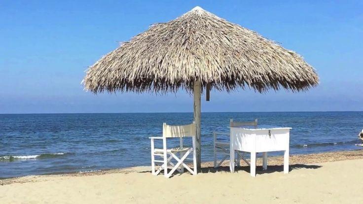 Les 25 meilleures id es de la cat gorie parasol plage sur - Parasol en paille ...