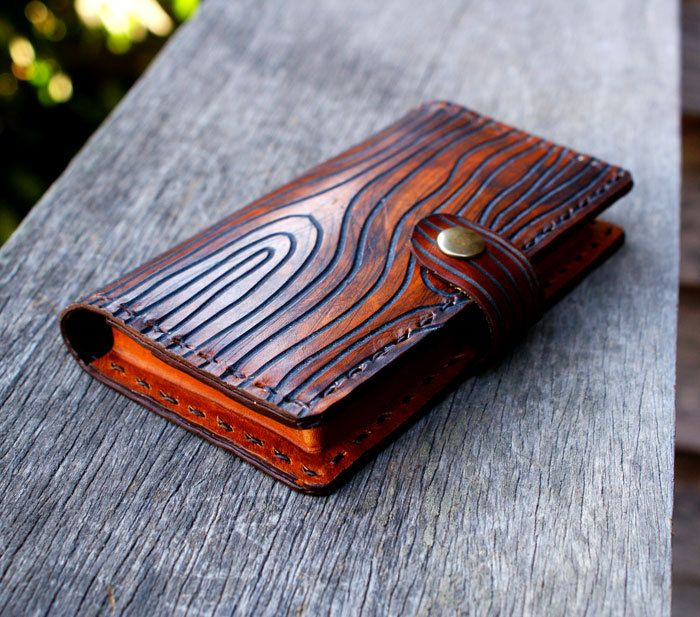 NEW iPhone 5 iPhone 4s iPod touch - Bifold Wallet leather - Wood Grain - Men Women Gift via Etsy.