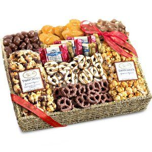 #foodiegift Chocolate, Caramel and Crunch Grand Gift Basket by Golden State Fruit - See more at: http://foodiegiftsnow.com/grocery-gourmet-food/gourmet-gifts/chocolate-caramel-and-crunch-grand-gift-basket-com/#sthash.ajVehwOU.dpuf