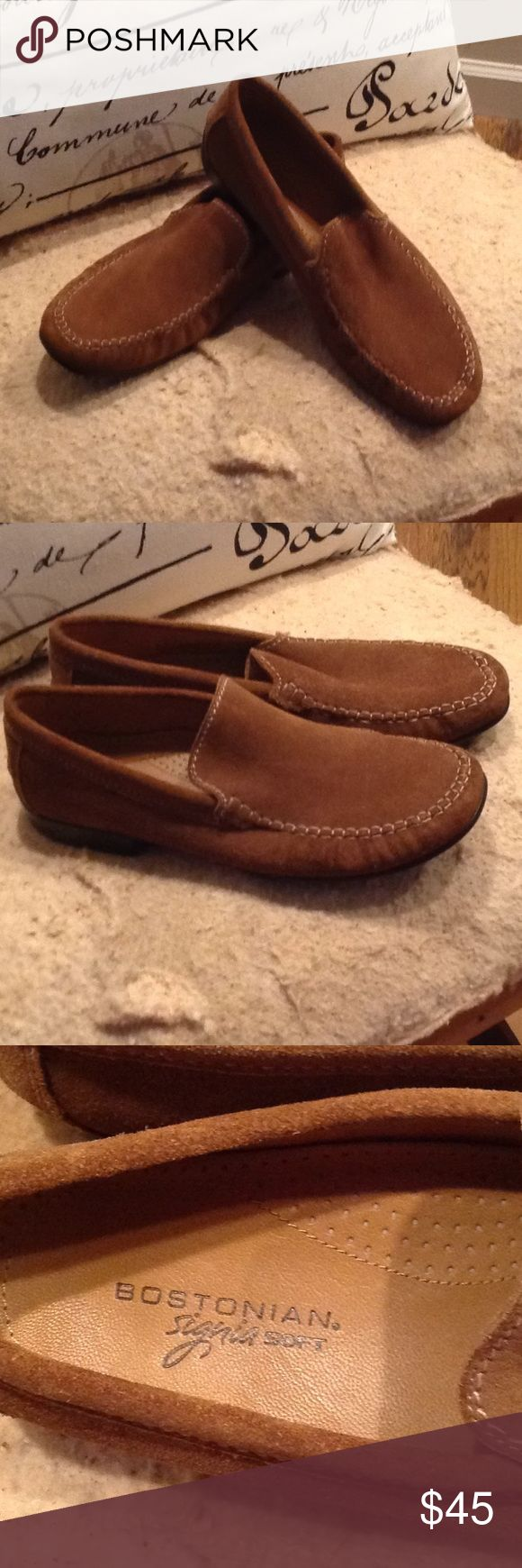 MEN BROWN BOSTONIAN SIGNIA SOFT LOAFER. SUEDE EUC👍 MENS BROWN SUEDE LEATHER BOSTONIAN SIGNIA SOFT LOAFER. YOU WILL THINK THEY ARE BRAND NEW👍👍👍 SIZE 10 1/2 w Bostonian Shoes Loafers & Slip-Ons