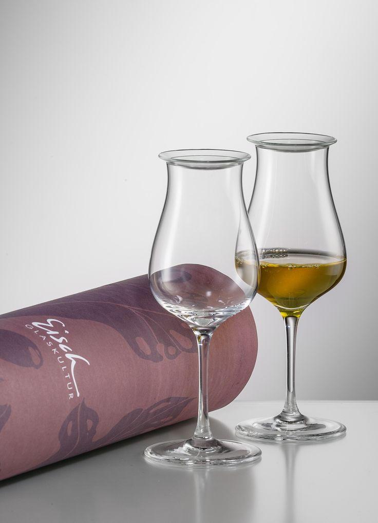 514.213SET – Eisch Sensis Plus Single Malt Gift Tube & Lids  2 Eisch Sensis Plus Malt-Whisky glasses  2 Malt-Whisky Aroma Lids  Gift Tube  Glass Capacity: 5.6 oz, Height: 6.3″  Aroma Lid Diameter: 2.1″