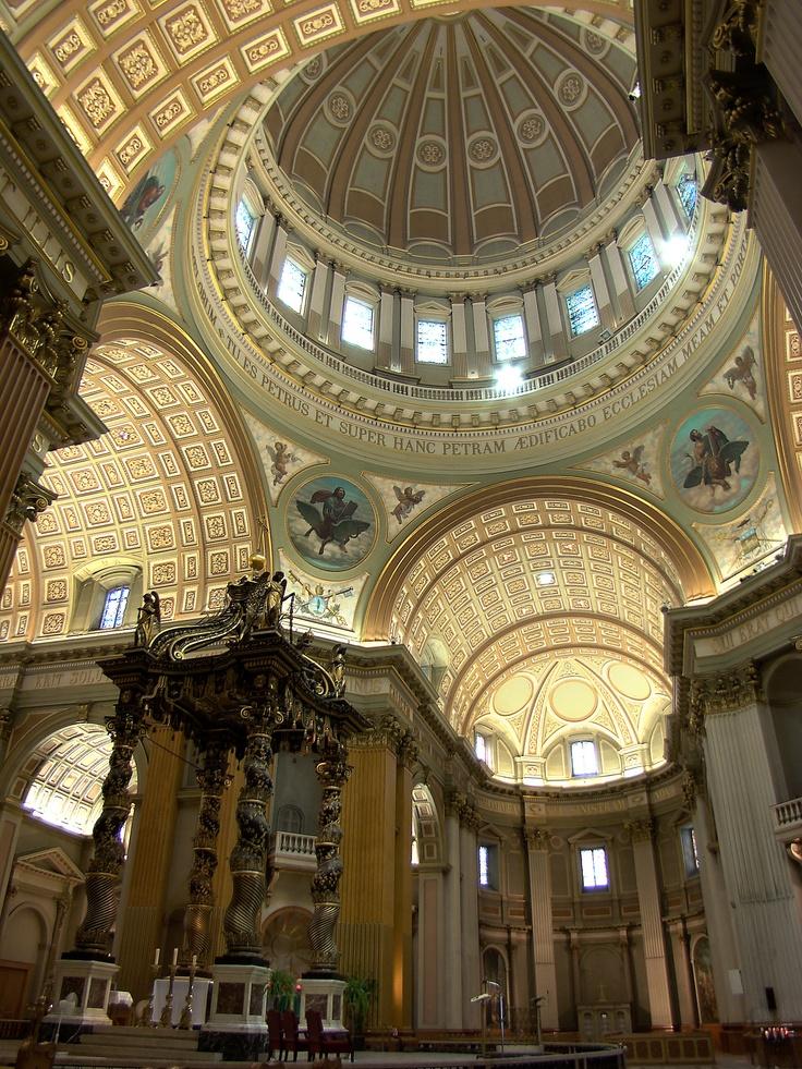 Basilique-Cathédrale Marie-Reine-du-Monde #Montreal