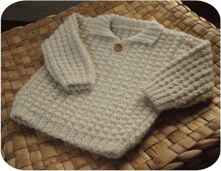 Petit pull pour bébé, tuto par 22rue