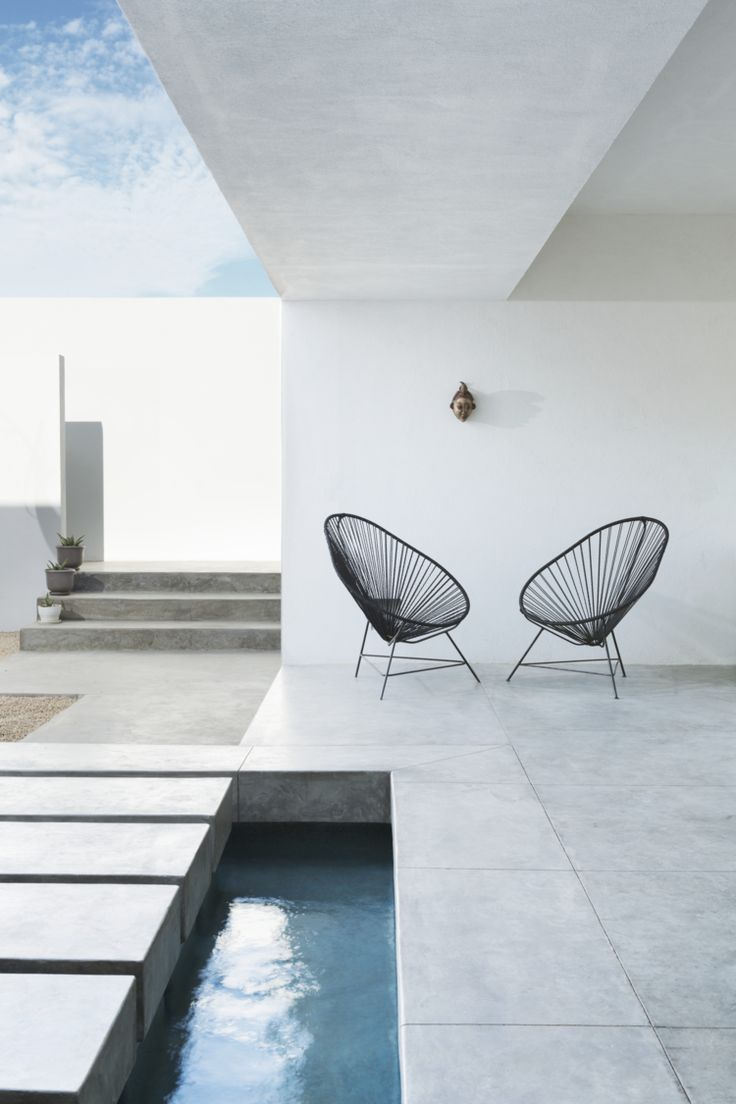Acapulco chair living room - Costa Azul House By Campos Leckie Studio Location San Jose Del Cabo Mexico Pool And Acapulco Chairs