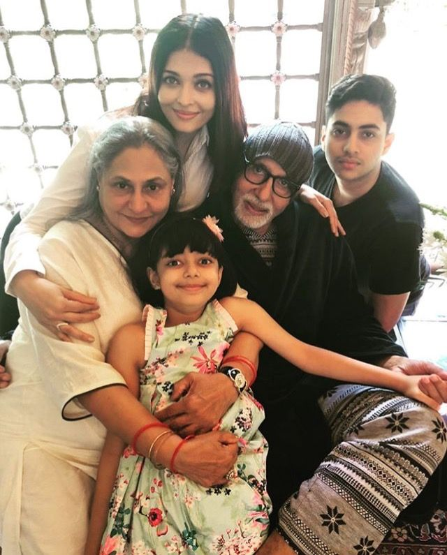 Aishwarya With Bachchan Family And Shweta Bachchan Nanda S Son