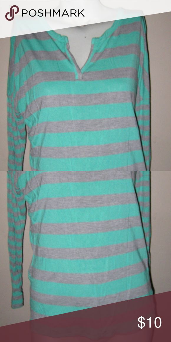 Old Navy Striped Long Sleeve Batwing Top Bust-32 in, Length-24 in. 100% Rayon. Gently Used. -K- Old Navy Tops Blouses