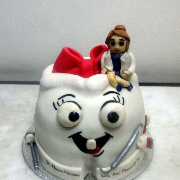 Sweet Tooth Novelty Cakes